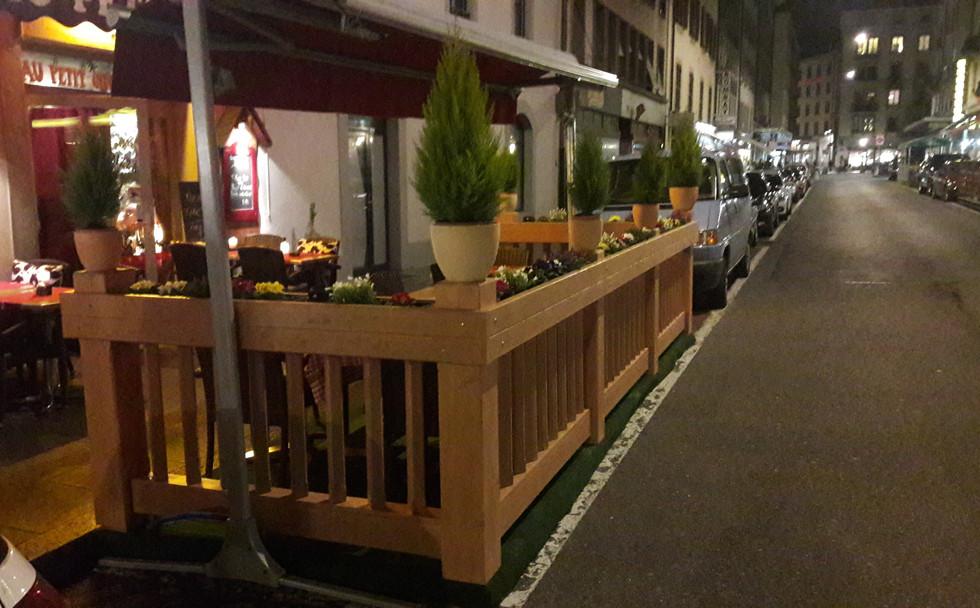 royal Karoma, Genève