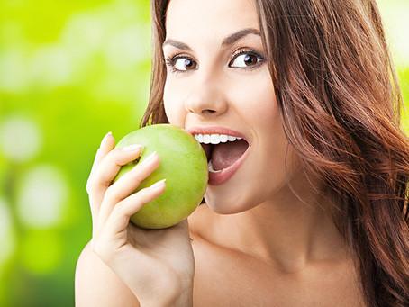 Saiba tudo sobre implantes dentários