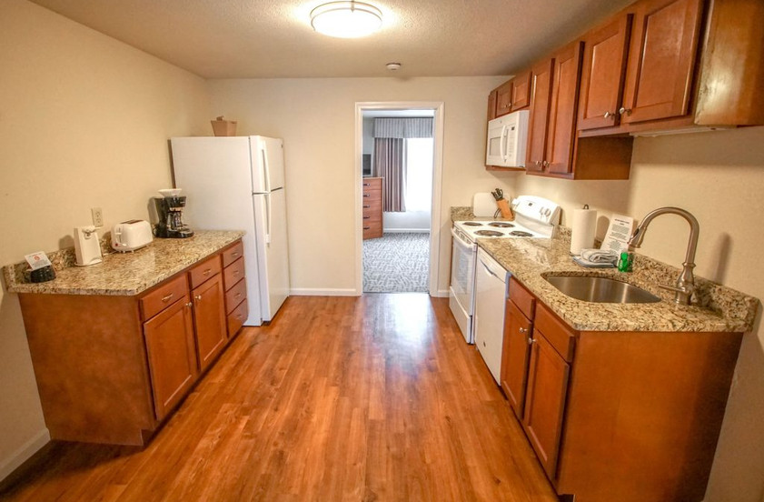 dsc03957-1-bedroom-unit-kitchen-1024x693