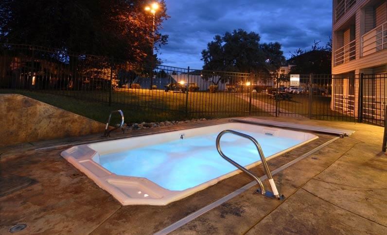 outdoor-hot-tub-twilight-796x484jpg