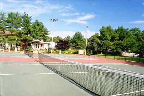 1001-tennisjpg