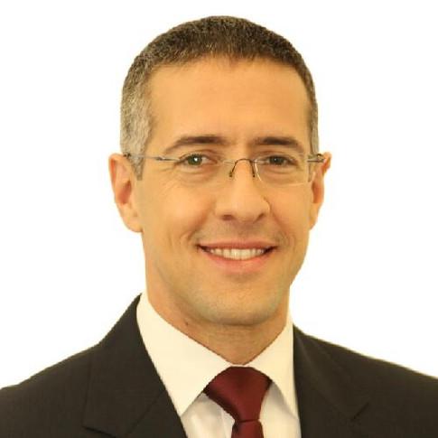Eran Pasternak / Economics and Management