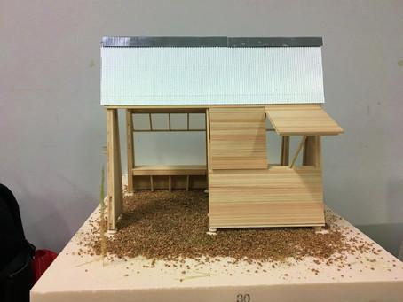 もものうらに東屋を建てます。