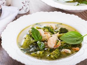 Supă de broccoli cu creveți tigru și busuioc🍲