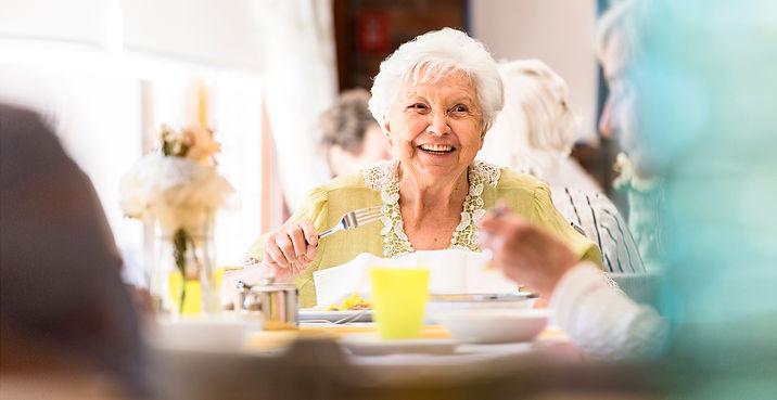senior_dining_room4.jpg