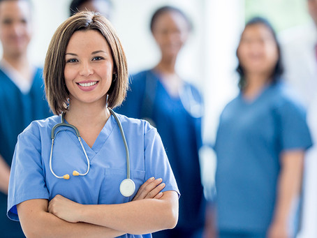 Élargissement d'un programme de transition pour former le personnel infirmier