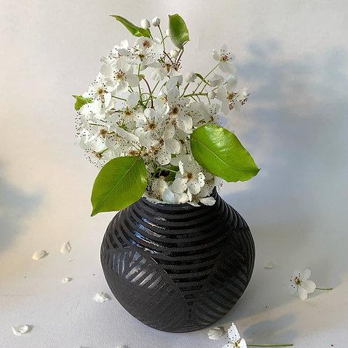 Leaf Vase in Black Clay