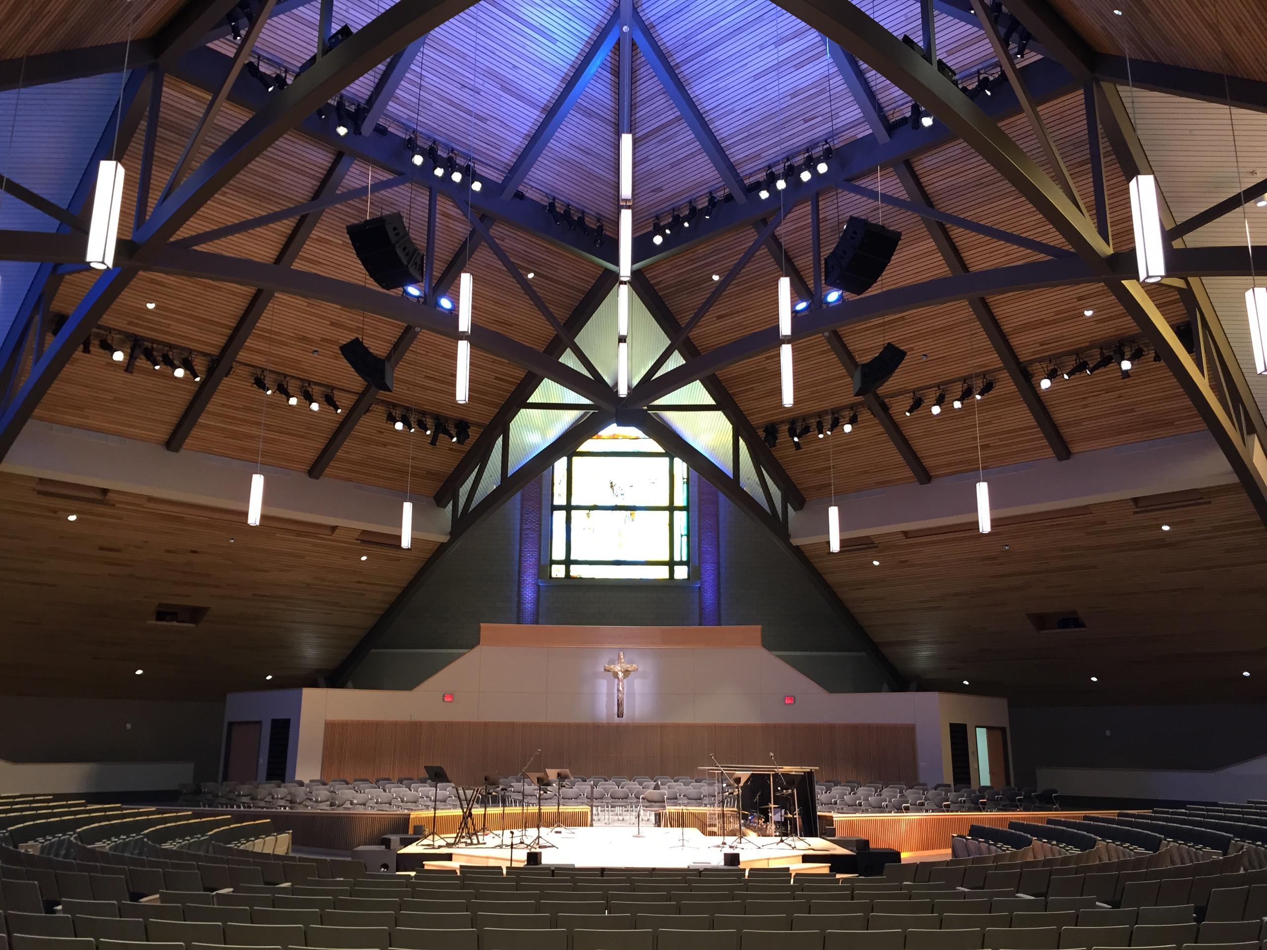Cornerstone-University-Christ-Chapel-01