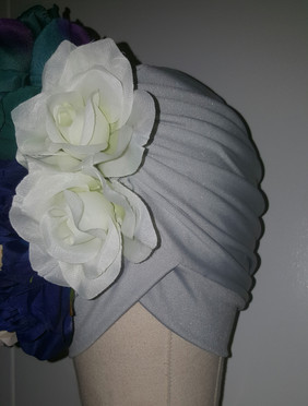 Silver Floral Turban With Natural Pleats(FRONT VIEW)