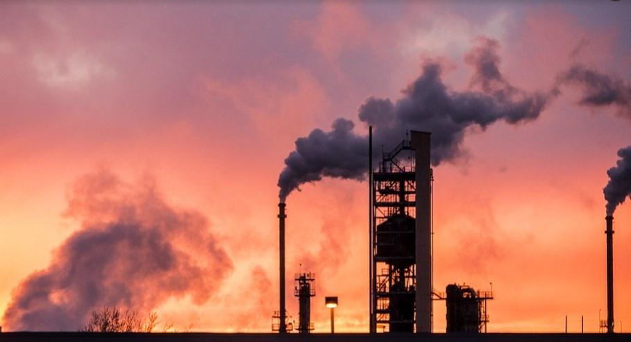 استقرار أسعار الخام في ظل تخبط في الآفاق الاقتصادية العالمية