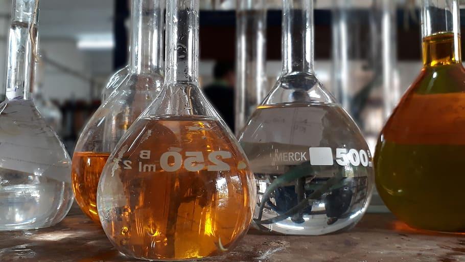 ما هي الاختلافات بين البنزين، الكيروسين، الديزل؟