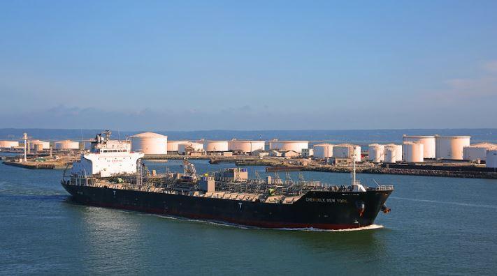 وسائل نقل النفط والغاز