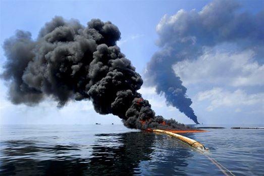 النفط السورية تعلن عن ضرب مرابط النفط البحرية في بانياس