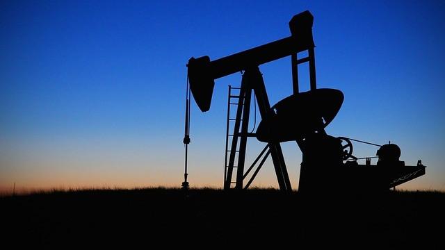 ارتفاع سعر النفط بعد تطمينات سعودية بعودة الانتاج الى مستوياته في القريب