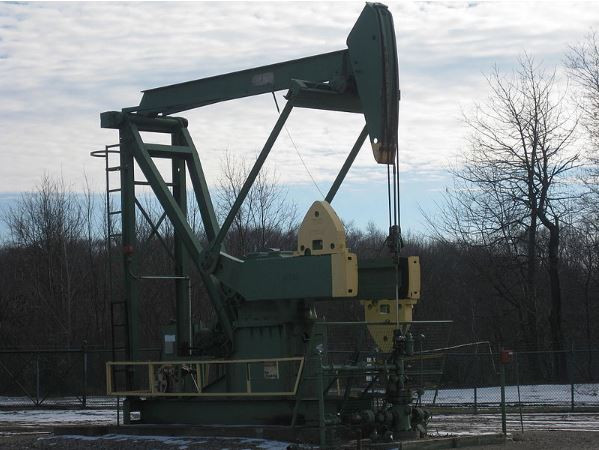 الحكومة الفلسطينية تدعو روسيا للتنقيب عن النفط في غزة والضفة الغربية