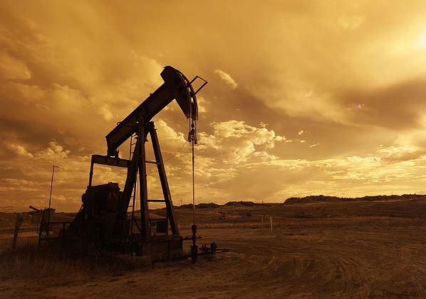 شركات سعودية تنافس الأجنبية في حفر آبار النفط واستخراجه