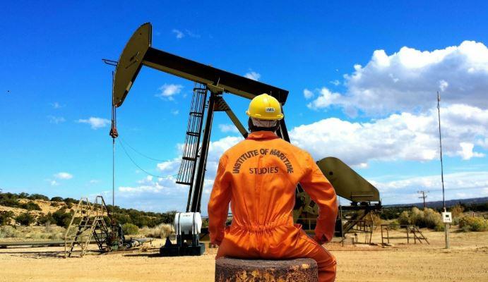 تعرف على الوظائف العشر الأعلى أجرا في قطاع النفط والغاز