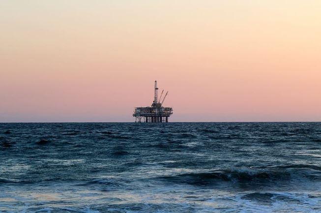 محللون يفندون نقاط التفاؤل والتشاؤم لأسعار النفط في 2020