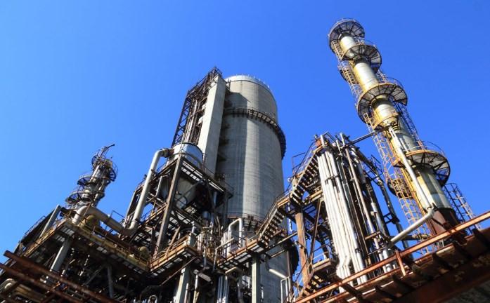 تراجع أسعار النفط بفعل التوترات التجارية  التي قد تحد من الطلب