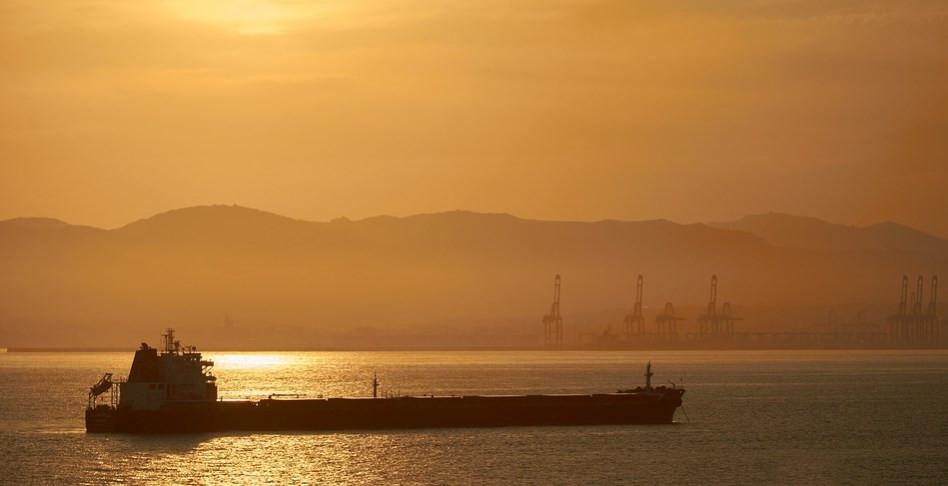 بعد العقوبات الأمريكية أسعار نقل المنتجات النفطية في آسيا ترتفع لأعلى مستوياتها في أسبوعين