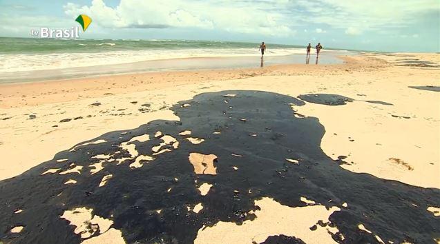 تسرب النفط على الشواطئ شمال شرق البرازيل - 2019