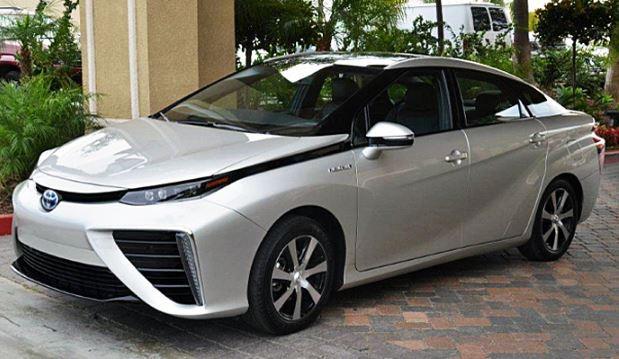 تويوتا ميراي - سيارة تعمل بخلايا وقود الهيدروجين