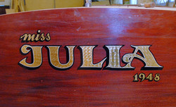 Virnamäen kyltti ja kultaus Miss Julia
