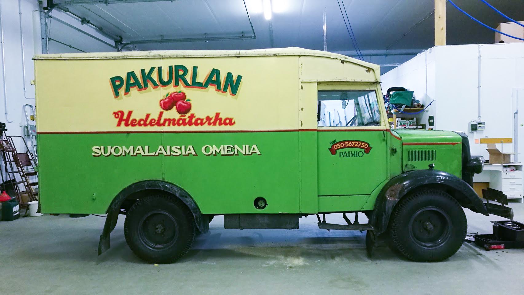 Omenafarmin näyttelykuljetuspakettiauton maalaus - Apple farmer truck