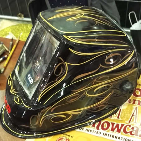 Wizzzcraft brushworks Pinstripes and Scroll