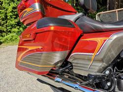 Harley-Davidson CVO custom paint