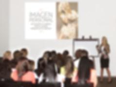 Asesoria de imagen empresas, manual de imagen, presentacion personal, empresas, charlas, conferencias, protocolo y etiqueta, talleres, capacitaciones, Erika Acosta, asesoría de imagen, personal shopper, medellin, colombia, fashion work, que hacer en medellin