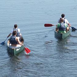 canoe250x250.jpg