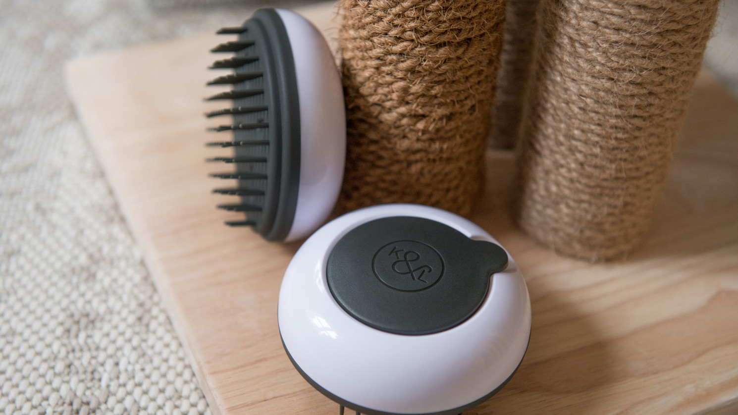 BrushPod® and Scratching Post