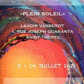 Plein soleil à Saint-Tropez avec la nouvelle exposition de Myriam Ghilan