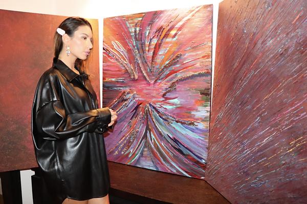 Myriam Ghilan artiste bio.png