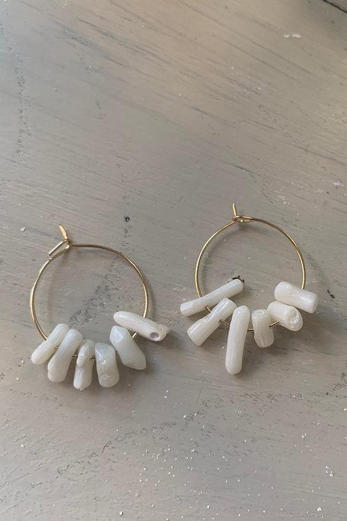 Argolla coral blanco
