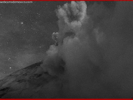 Explosiones de Don Goyo espectaculares, pero sin riesgo para la población