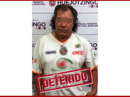 Municipales de Huejotzingo detienen a masculino por abuso sexual en Xalmimilulco