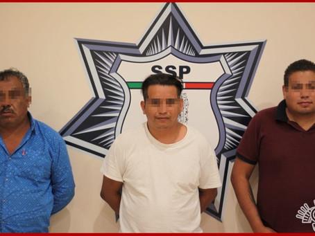 Detienen en Amozoc a banda presuntamente dedicada al robo de autos de lujo