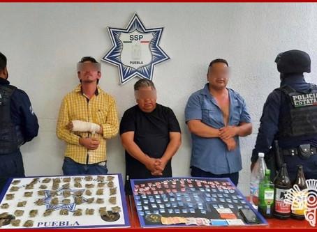 """Capturan a tres presuntos narcomenudistas de """"Los Lavaderos"""""""
