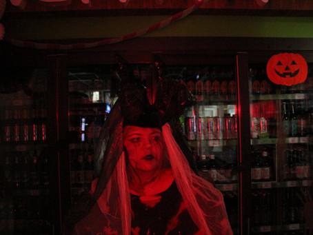 Смотреть фото Невесты Дьявола