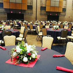 Everything is set up!! The flowers looked so beautiful ❤❤❤ Thank you to Steel Warehouse for choosing