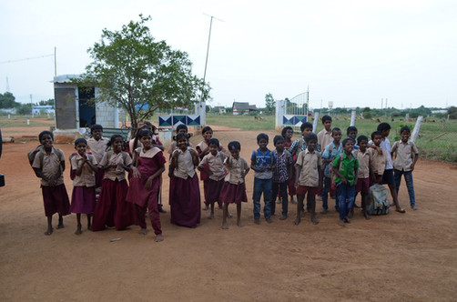 Les_enfants_au_retour_de_l'école.jpg