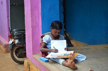 Aide aux orphelins