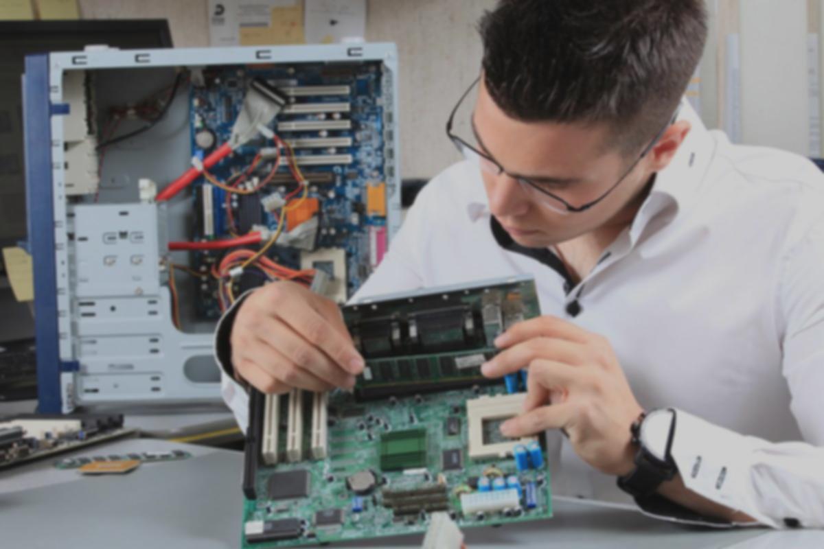 manutencao-computadores.png