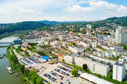 Grad Linz – Austrija – Plus City Shopping Centar – detekcija parkiranja vozila