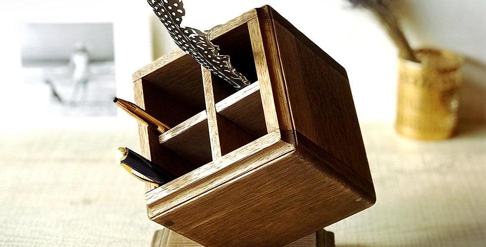オリジナル天然木ペンスタンド・ダイヤ型【ダークブラウン】