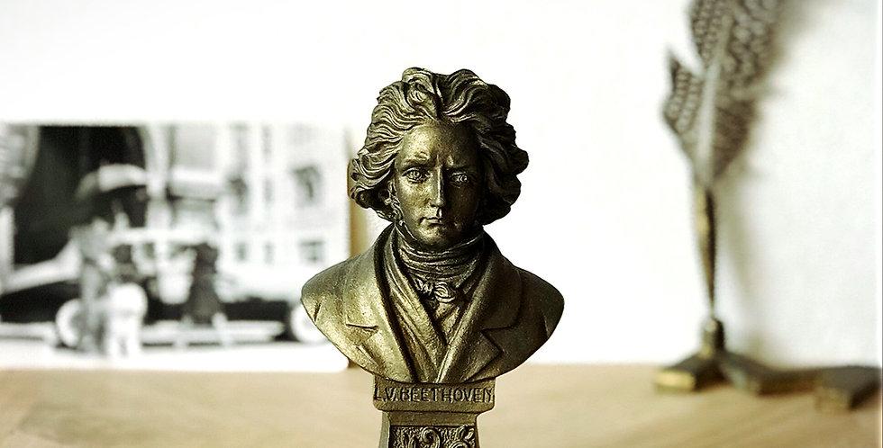 ベートーヴェンのブロンズ風置物