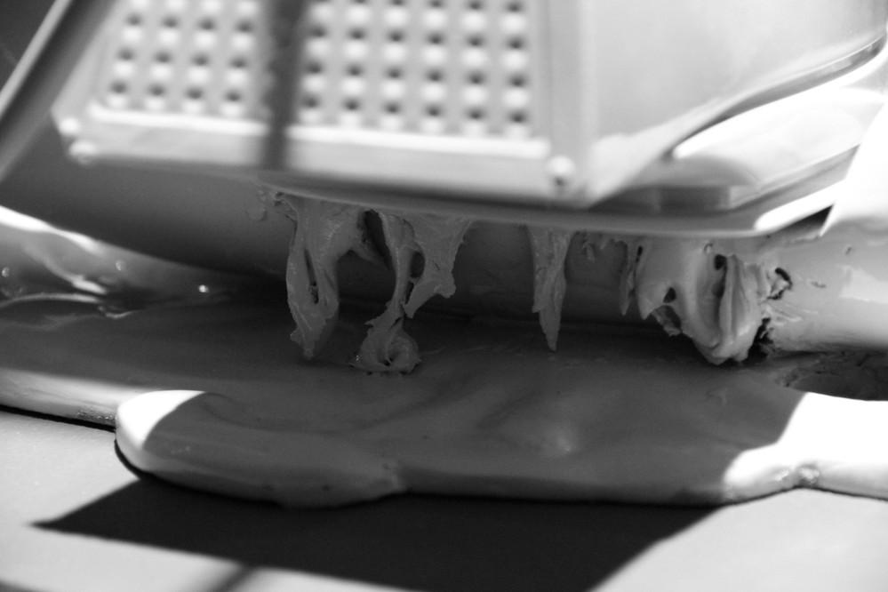 Flibbertigibbet II, 2011 Sculptural object. Fiberglass, jesmonite, steel and powder coat. 50 x 35 x 73 cm. Ed.3+AP
