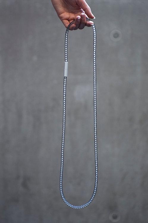 Adéla Pečlová – IMPERFECT | pure black necklace